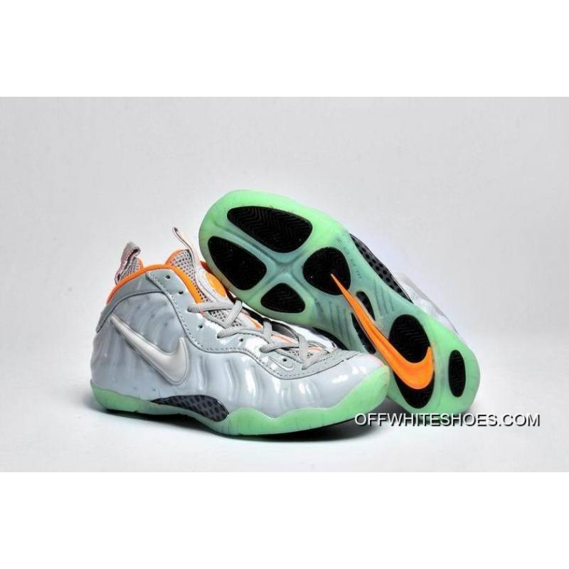 "the latest 485ff 35797 Girls Nike Air Foamposite Pro GS PRM ""Pure Platinum"" For Sale ..."